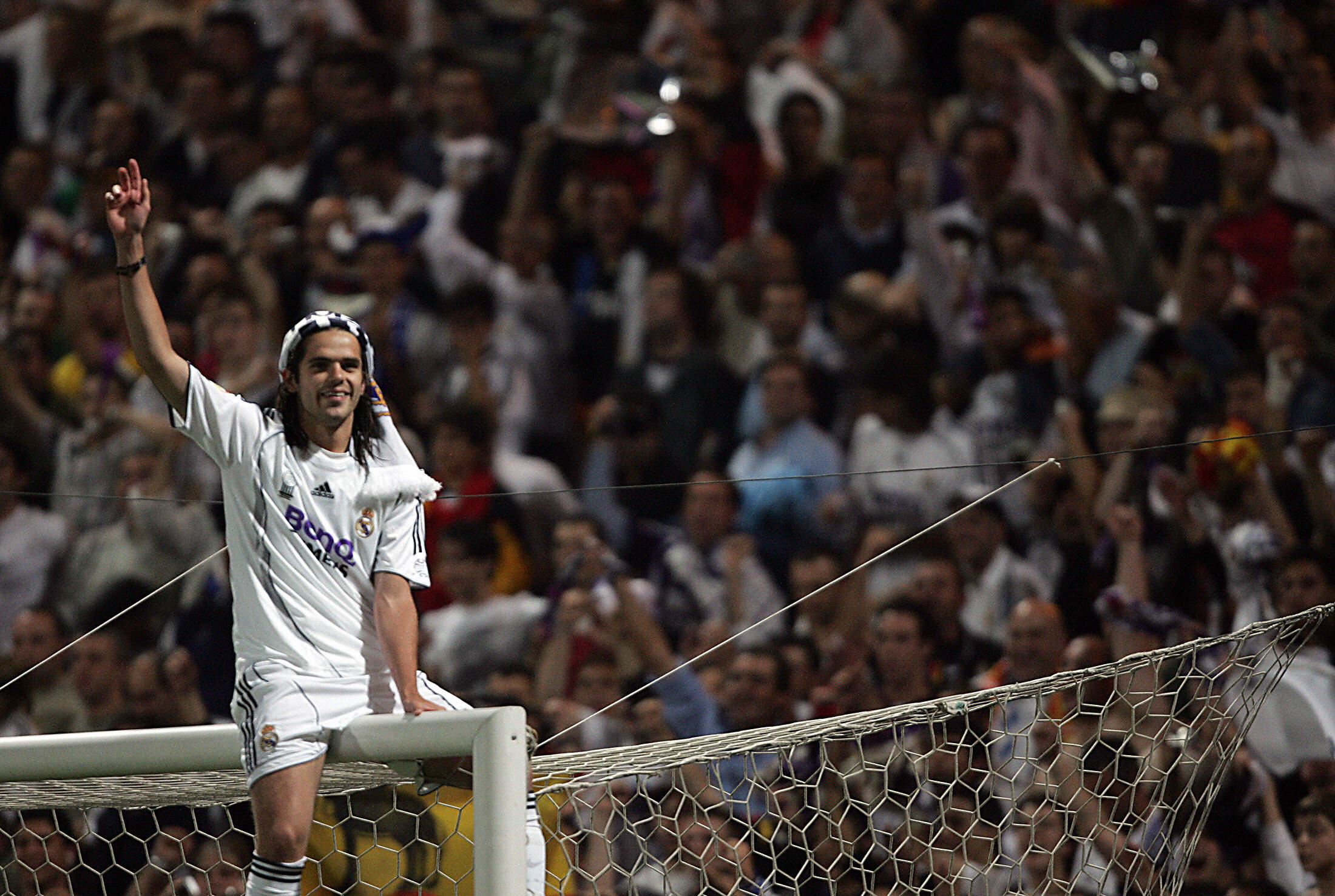Madrid, SPAIN: Real Madrid's Fernando Gago celebrates after Real won the Spanish league title by beating Mallorca in the final Spanish league football match of the season, 17 June 2007 at the Santiago Bernabeu stadium in Madrid. Real won 3-1 to win their 30th league title. AFP PHOTO/BRU GARCIA (Photo credit should read BRU GARCIA/AFP/Getty Images)